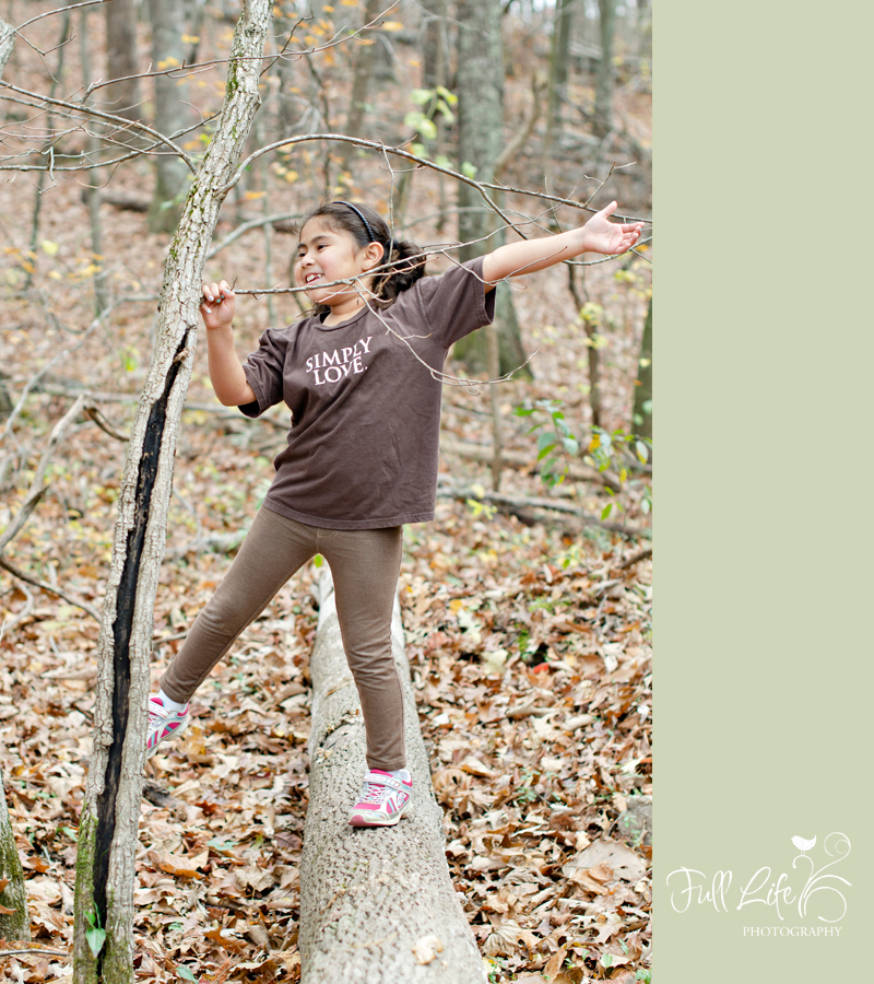 Chattanooga Child Photography Girls in Woods